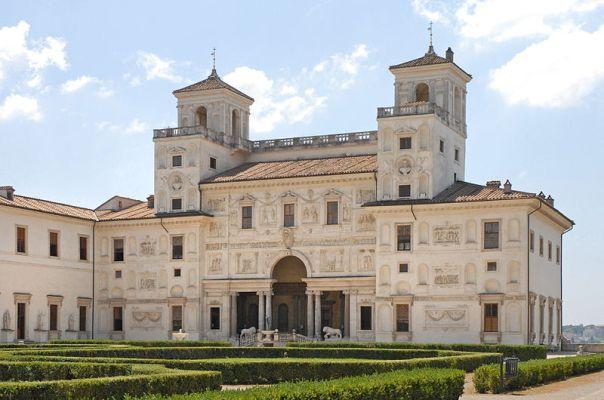 800px-Villa_Medici_Roma_01