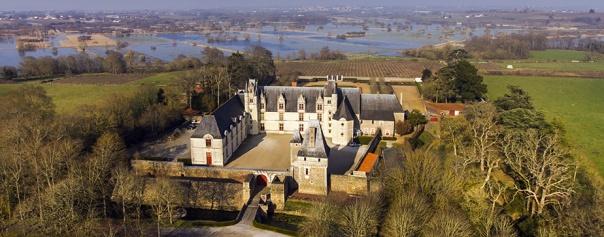 vue-aerienne-chateau-de-goulaine